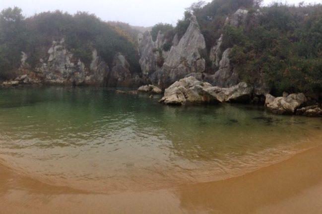 playa-de-gulpiyuri-1-playas-de-asturias-playea-2