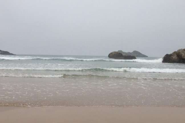 playa-de-las-camaras-2-playas-de-asturias-playea