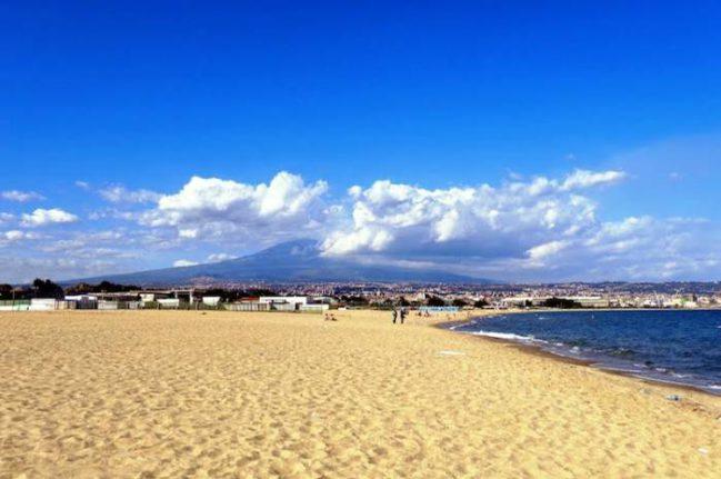 Catania02_Playas de Sicilia_Playas de Italia_Playea