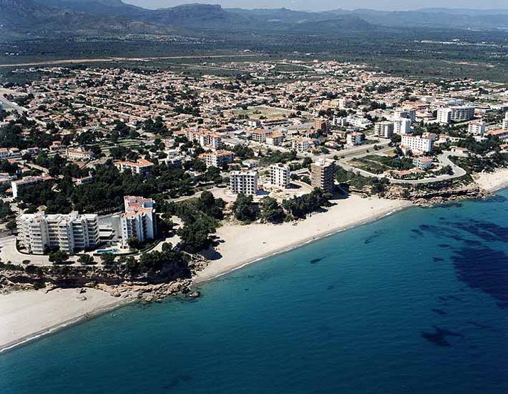 Las mejores playas de Tarragona, imagen de la playa de Cala Bot