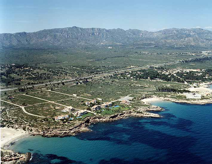 Las mejores playas de Tarragona, imagen de la playa de Cala Vidre