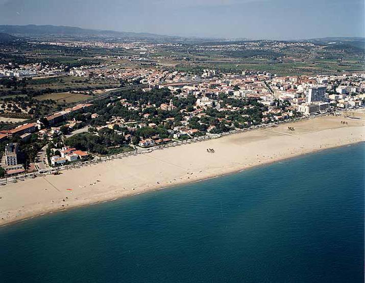 Las mejores playas de Tarragona, imagen de la playa de Coma-Ruga