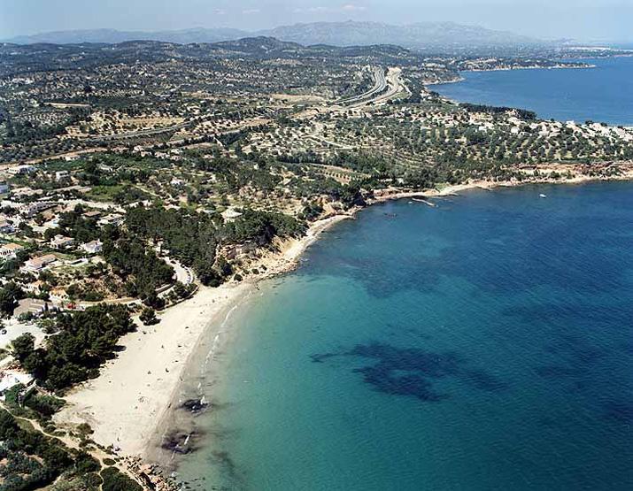 Las mejores playas de Tarragona, imagen de la playa de Platja Perales