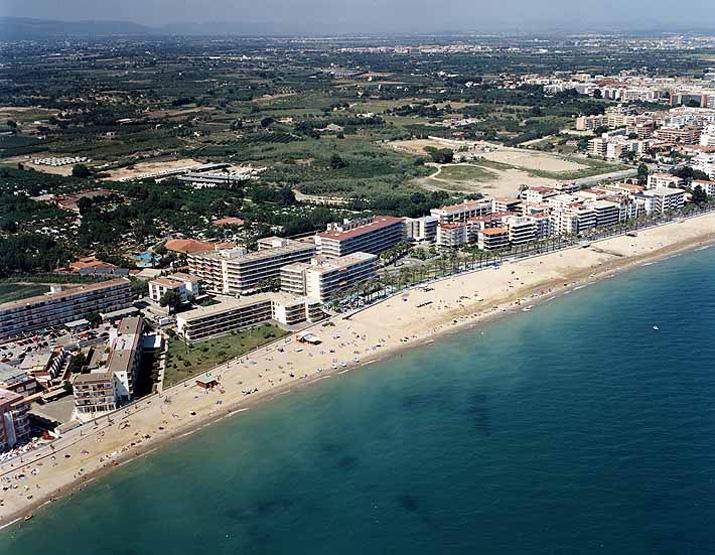Las mejores playas de Tarragona, imagen de la playa de Poniente