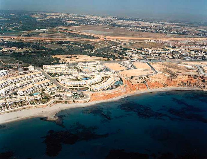 Las mejores playas de Alicante, imagen de la playa de Aguamarina