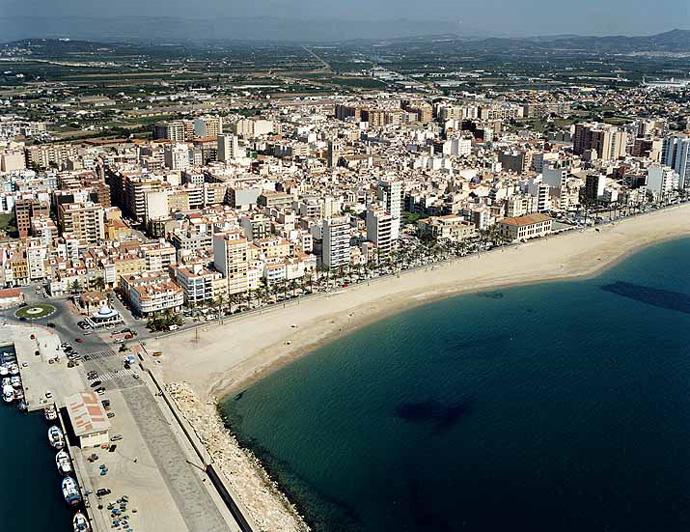 Las mejores playas de Castellón, imagen de la playa de Fortí