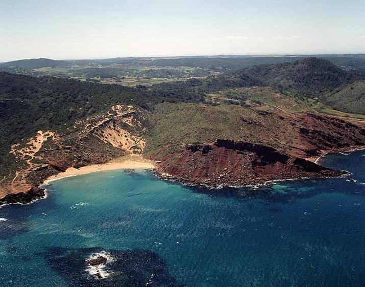 Las mejores playas de Menorca, imagen de la playa de Cala Del Pilar