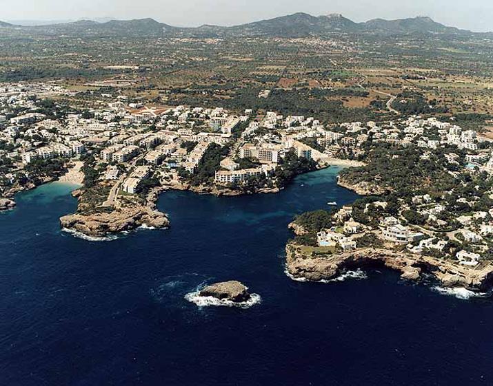 Las mejores playas de Mallorca, imagen de la playa de Cala Ferrera