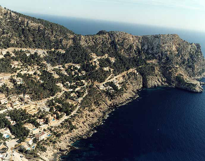 Las mejores playas de Mallorca, imagen de la playa de Camp de Mar