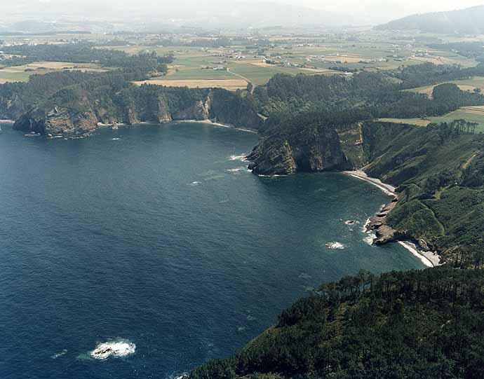 Las mejores playas de Asturias, imagen de la playa de A Figueira