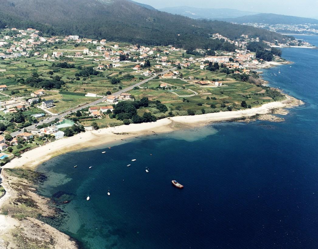 Las mejores playas de Pontevedra, imagen de la playa de Do Caeiro