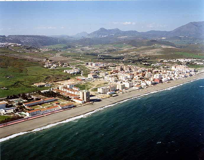 Las mejores playas de Málaga, imagen de la playa de Sabinillas