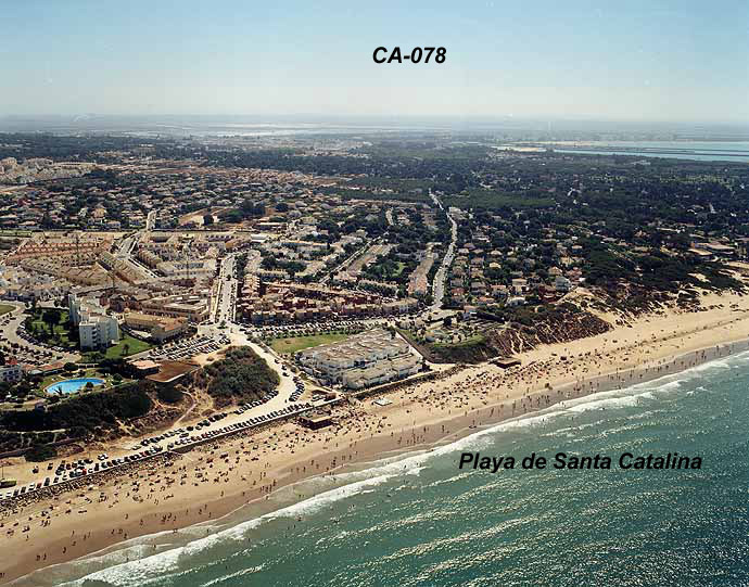 Las mejores playas de Cádiz, imagen de la playa de Santa Catalina / Vistahermosa