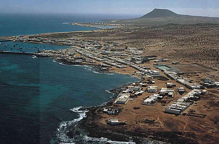 Las mejores playas de La Graciosa, imagen de la playa de Caleta Del Puerto